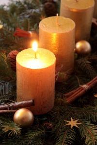 candle-1074005_640